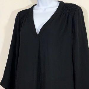 A.n.a 3/4 sleeve black flowy blouse